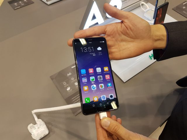 smartfon e ink
