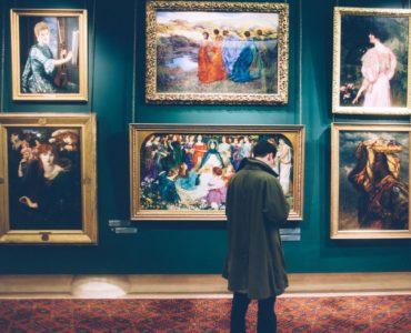 Wielofunkcyjne czytniki pomogą zbliżyć nam się do świata sztuki