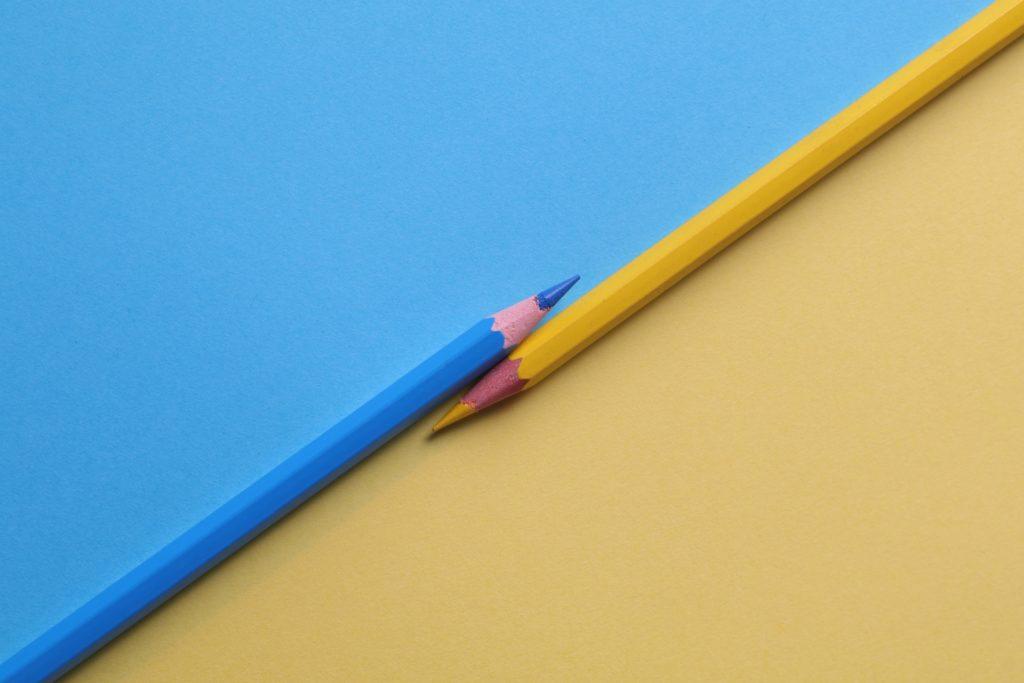 Kolorowe ekrany E-Ink