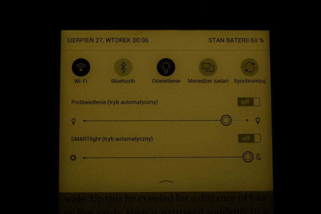 Ciepła barwa podświetlenia w PocketBooku InkPad 3 Pro