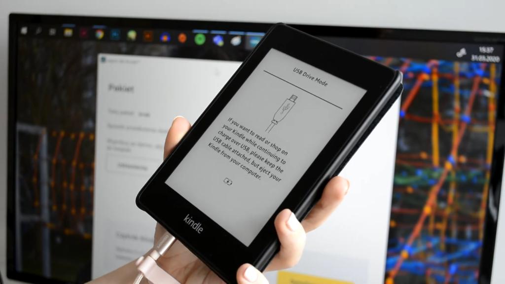 Podłączenie czytnika ebooków Kindle do komputera