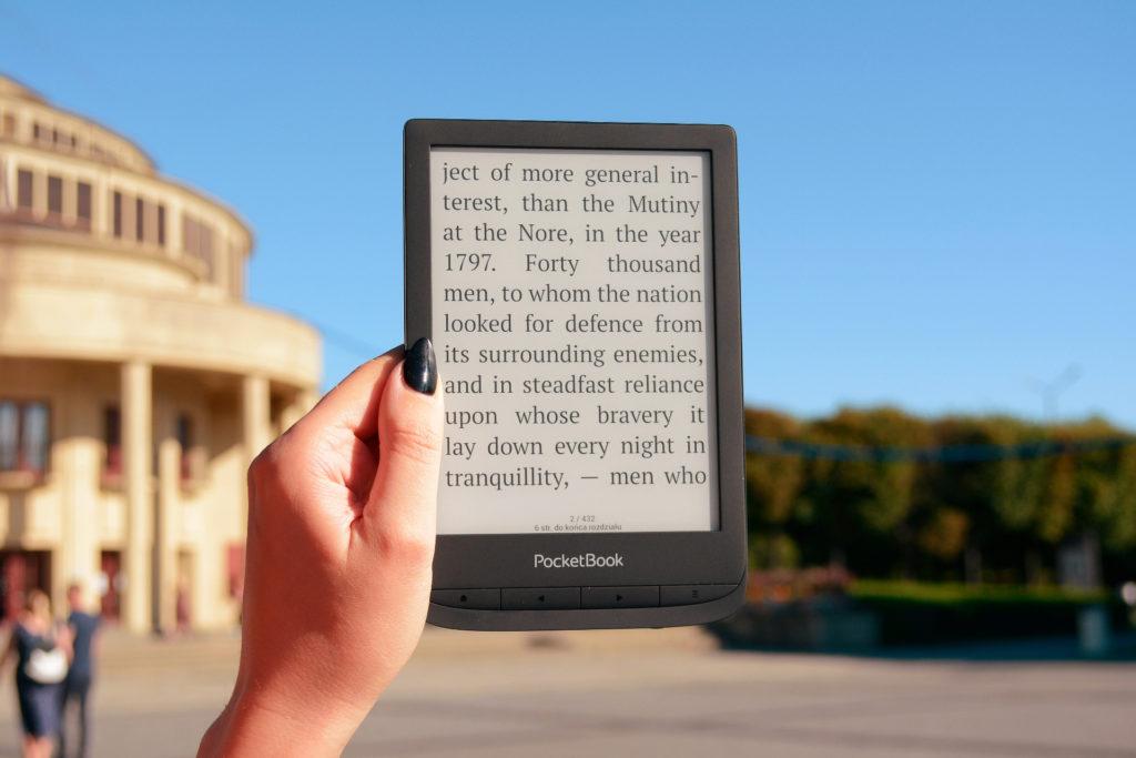 Czytanie ebooków na PocketBooku Touch Lux 5