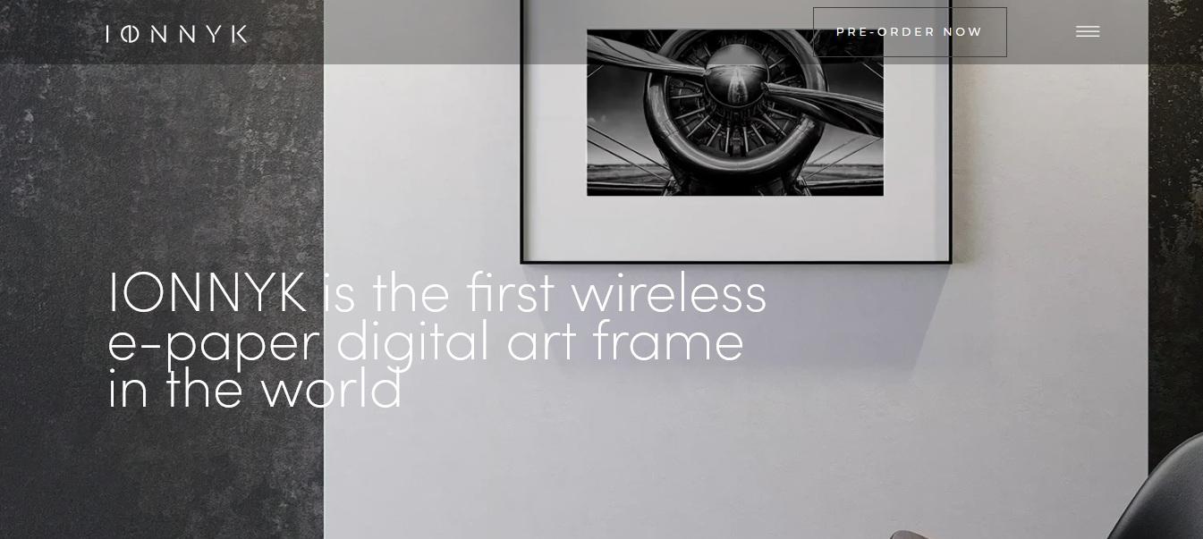 Sztuka na e-papierze? Poznaj pierwszą na świecie ramkę E-Ink - www.naczytniku.pl
