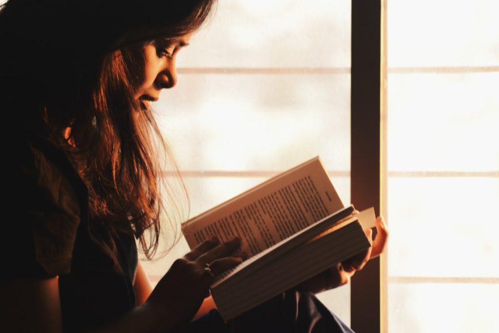 Czy czytanie książek może być szkodliwe?